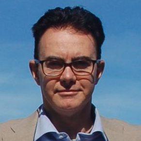 """Nasce a Torino nel 1965. Dopo gli studi liceali al Classico """"Govone"""" di Alba, si laurea in Ingegneria Elettronica al Politecnico di Milano. Conseguito un Master in Produzione e Logistica, lavora in un'azienda di impianti industriali come Project Manager, seguendo progetti in Italia ed all'estero. Dal 1989 è docente e dal 1994 conduce l'attività di […]"""
